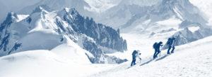 Photo d'un guide de montagne avec 2 autres personne - Guide des entrepreneurs MyStartR